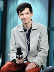"""Asa Butterfield discusses """"The Space Between Us"""" at"""