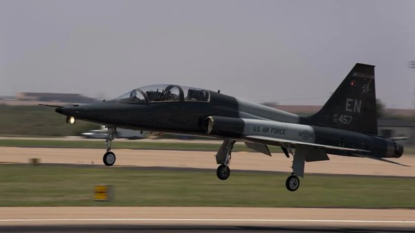 Laughlin Air Force Base jet crashes in Texas