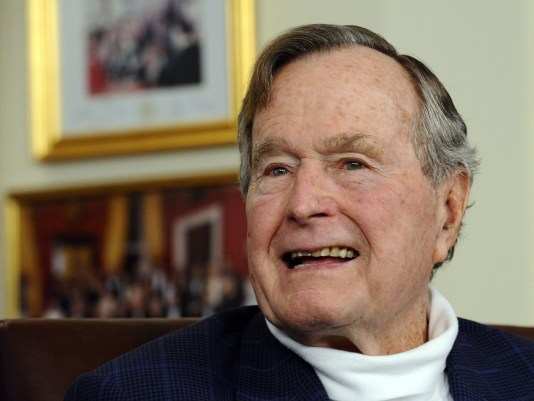636203618252637517 EPA FILE USA GEORGE HW BUSH HOSPITALIZED - President Trump will attend funeral