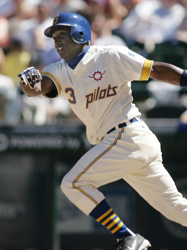 It's a good thing the Seattle Pilots only lasted one season and their uniforms only occasionally reappear on 'Turn Back the Clock' days.