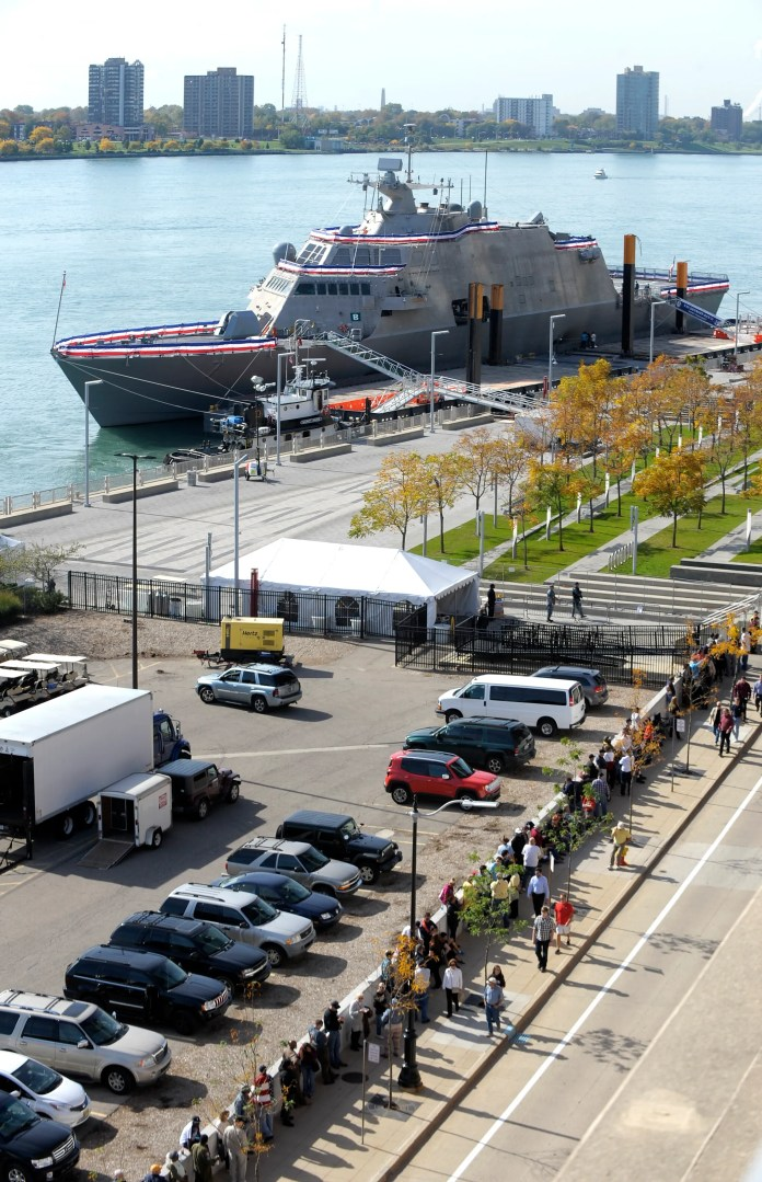 Throngs of people line Detroit's Atwater Street,waiting to tour the USS Detroit on Oct. 19, 2016.