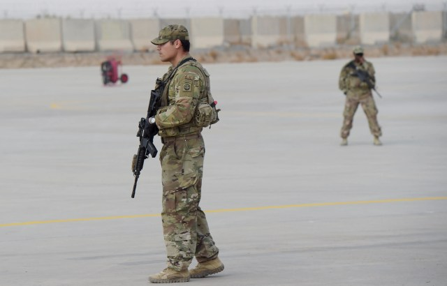 636837842556695104-GettyImages-909199456 US military says 2 American soldiers killed in Afghanistan