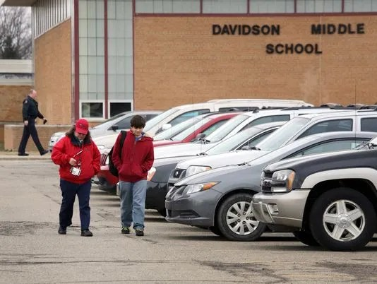 GAN SCHOOL SUICIDE