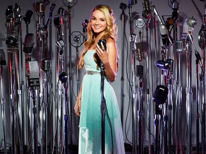 Danielle Bradbery - The talented 16-year-old is all powerhouse vocals delivered with sugary sweet smiles. The Texas native has never had a vocal lesson.