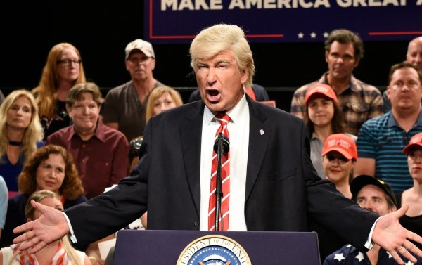 'SNL': Alec Baldwin returns to mock Trump's national ...