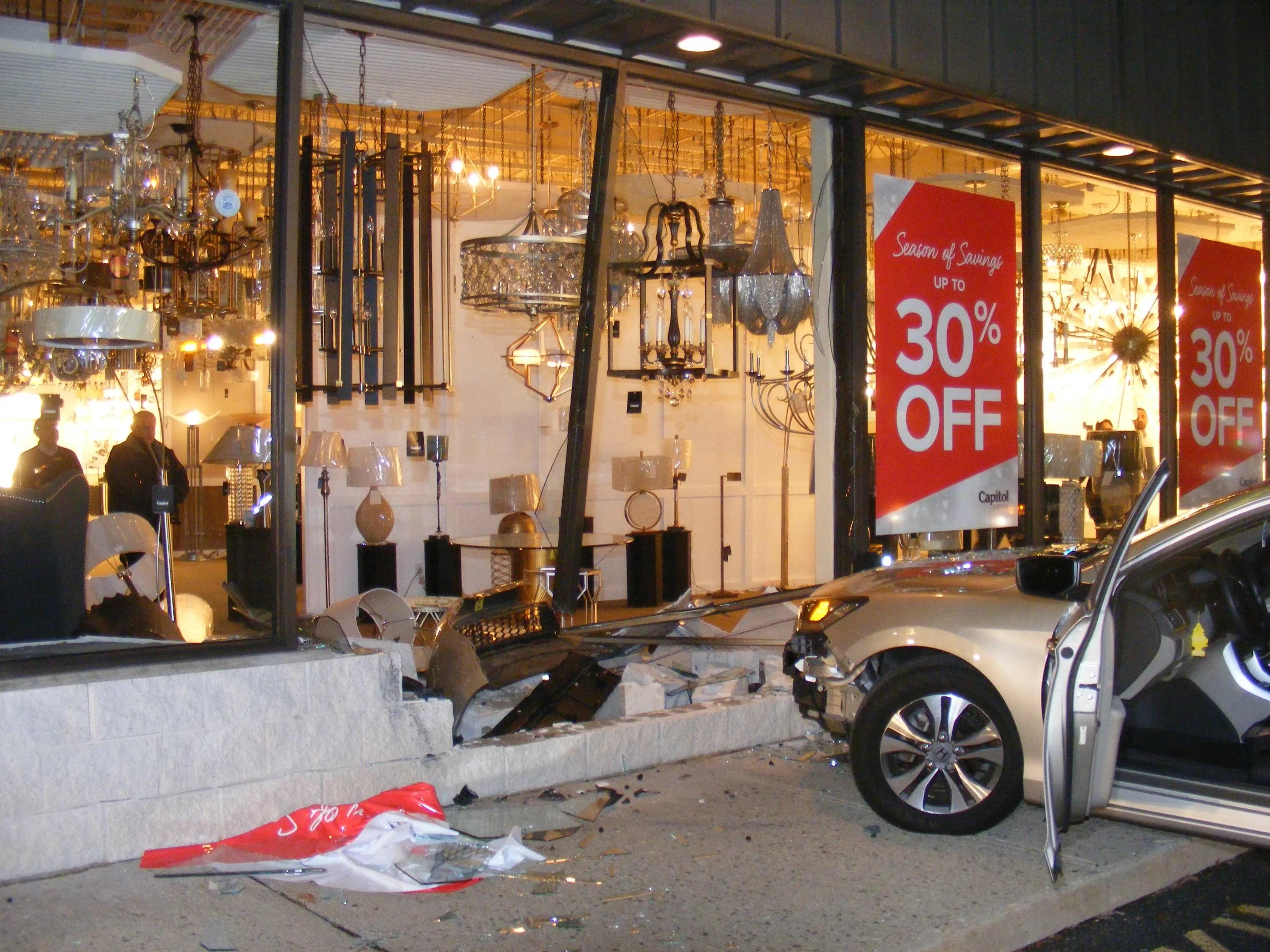 driver crashes car into paramus nj