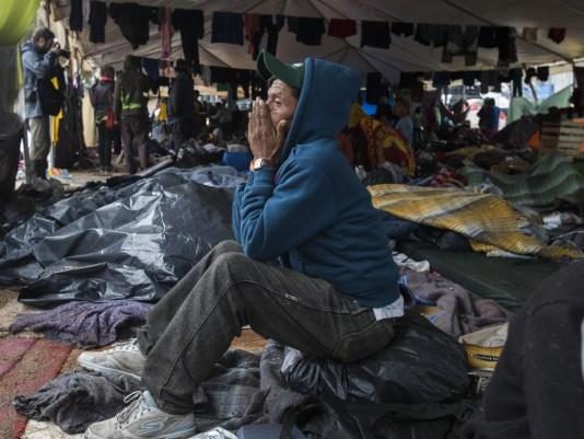 Shelter Rain14241