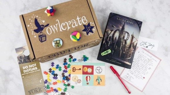 Kids will love these themed book boxes.