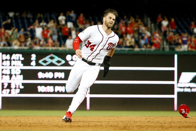 3f05334c-401f-4026-a42f-7312aec9bfbf-USATSI_10924448 Bryce Harper agrees to record-breaking 13-year, $330 million contract with Phillies