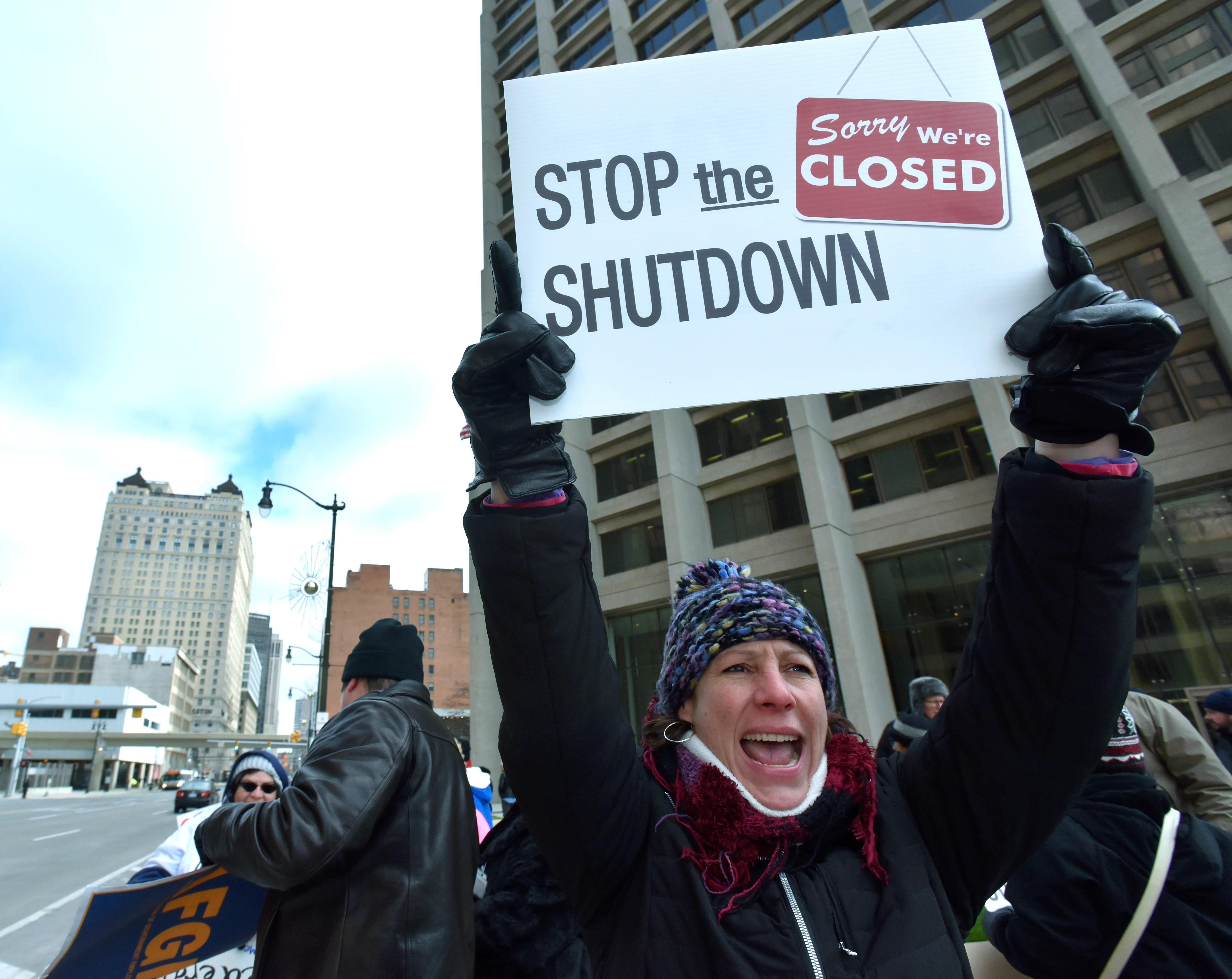 Federal employees protest partial government shutdown
