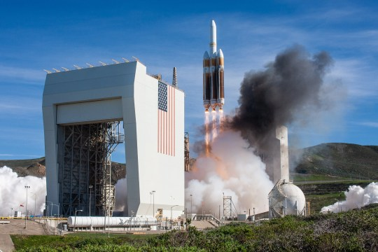 A United Launch Alliance Delta IV Heavy rocket launches from Vandenberg Air Force Base in California with the NROL-71 payload on Saturday, Jan. 19, 2019.