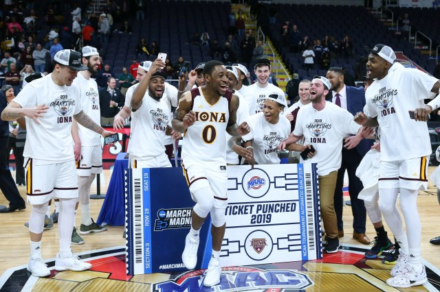 Iona (17-15), No. 16 seed in Midwest, Metro Atlantic Athletic Conference champion. Eliminated in first round.