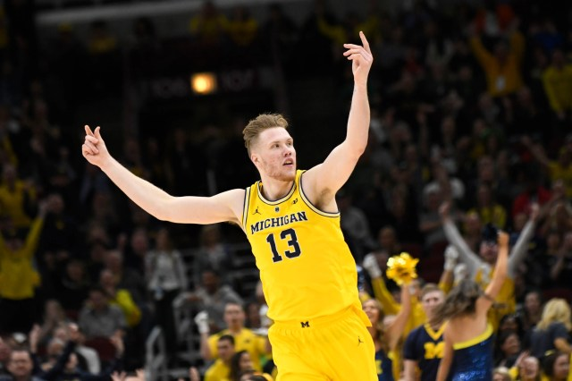 Michigan (28-6), No. 2 seed in West, at-large bid out of Big Ten Conference. Eliminated in Sweet 16.