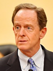 Sen. Pat Toomey (R-PA) discusses the Blocking Deadly Fentanyl Imports Act at the York County Administrative Building in York City, Thursday, March 21, 2019. The bipartisan legislation would hold fentanyl-producing nations accountable for their compliance with United States fentanyl-related drug enforcement. Dawn J. Sagert photo
