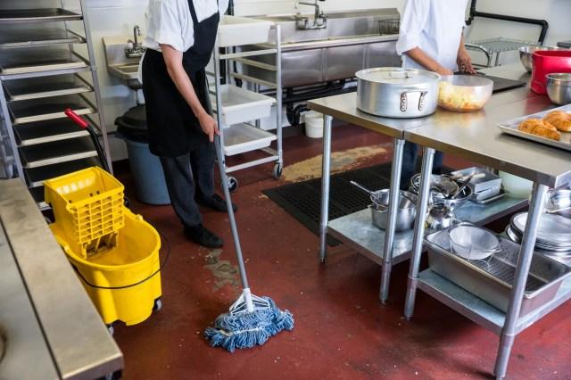 0a1af48a-20db-48f7-923a-7254051cf690-RestaurantKitchenClean Restaurant inspections: Galaxy Skateway, Rolli Porkloin, Tequila Azul temporarily closed