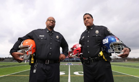Former NFL players find second careers as Louisville police