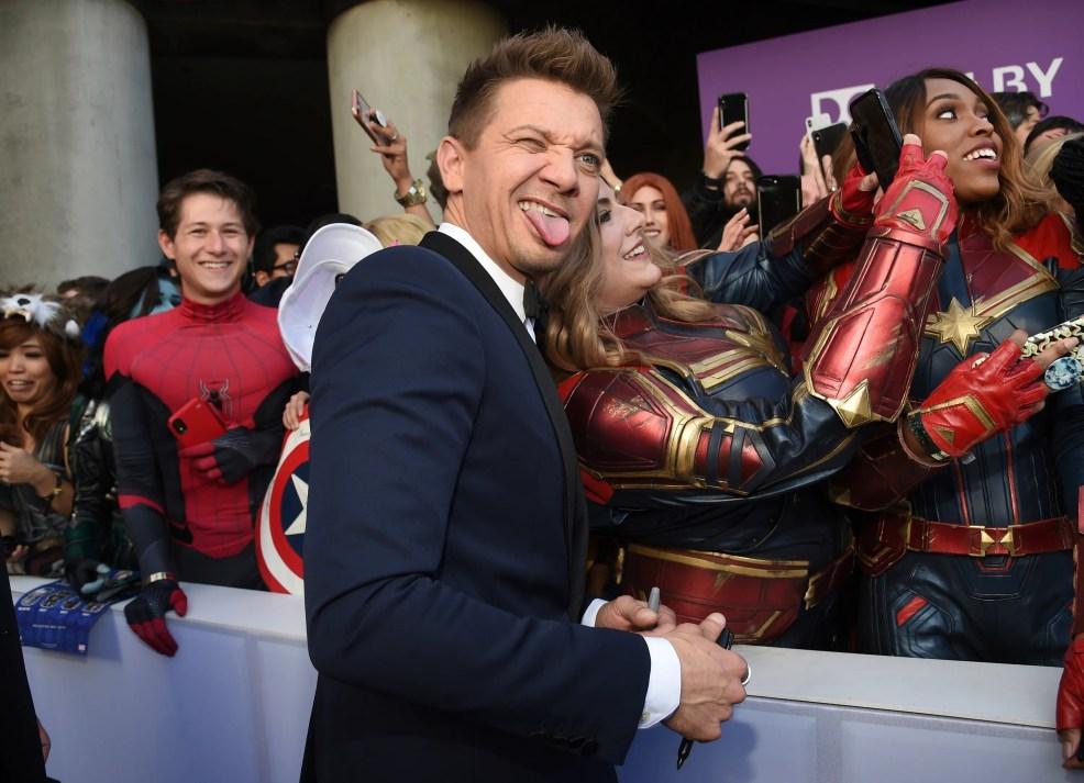 Downey Jr And Co Stars Hit Endgame Red Carpet