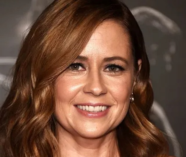 Jenna Fischer Got Two Surprises On Mothers Day Breakfast In Bed And A Bill