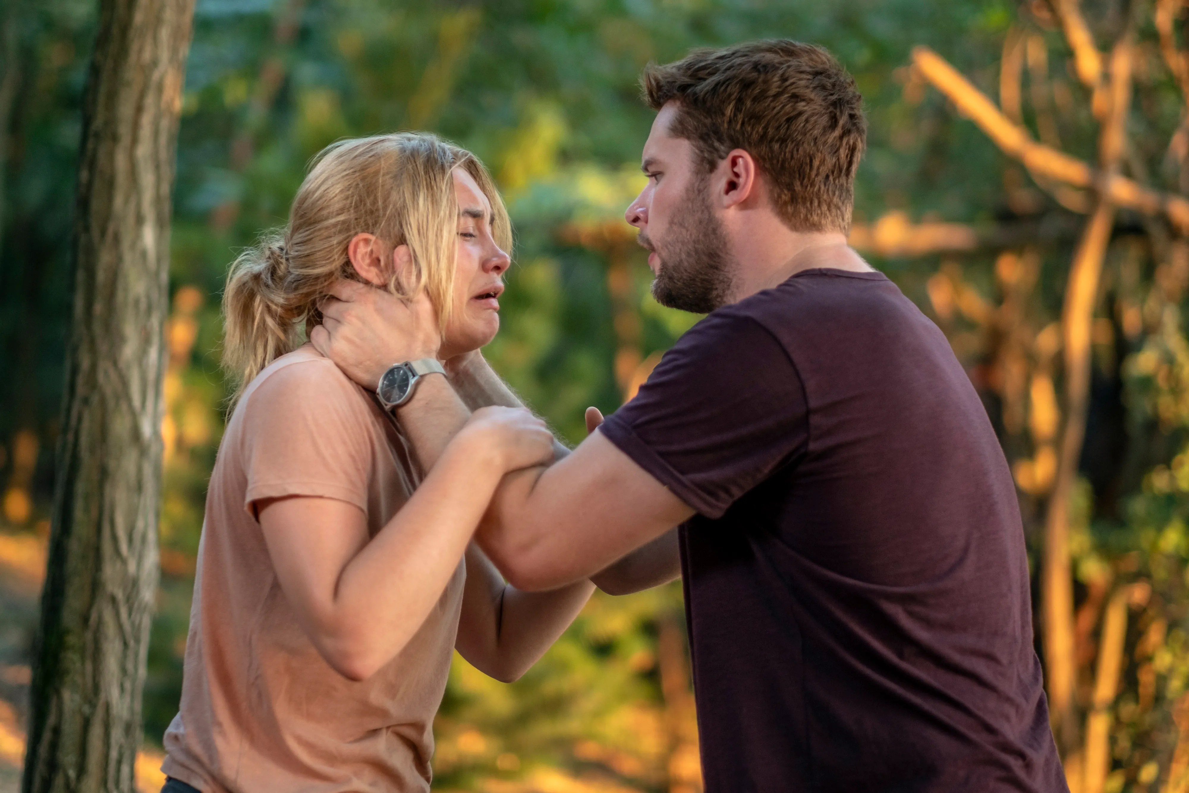 """Dani (Florence Pugh) and Christian (Jack Reynor) have their relationship tested by tragedy in """"Middle."""""""