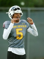 Arizona State quarterback Jayden Daniels (5) during football practice on Aug. 12.