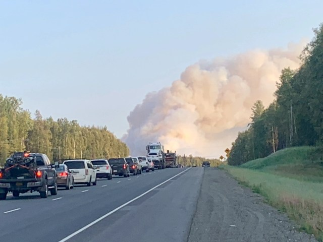 101e7314-fb11-420b-9136-c71aff102aaf-IMG_0934 Alaska wildfires sparked by high winds force mandatory evacuations