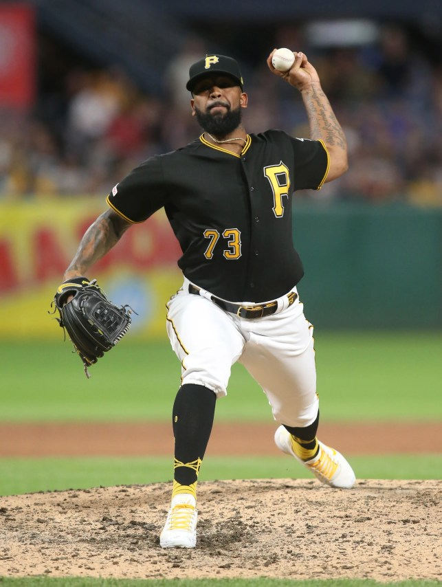 Pittsburgh Pirates All-Star Felipe Vazquez admits to sex with 13-year-old in driveway, complaint says