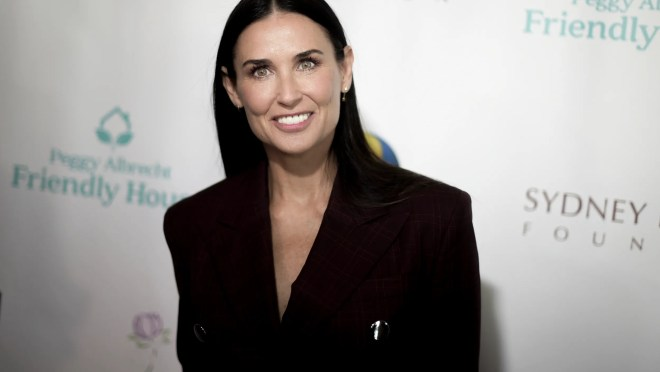 9f6a0ecc 0b16 4763 bcfb 15dd09c96ba4 AP Friendly House 29th Annual Awards Luncheon 2 Bruce Willis and Demi Moore's daughter Tallulah is engaged: See her massive ring
