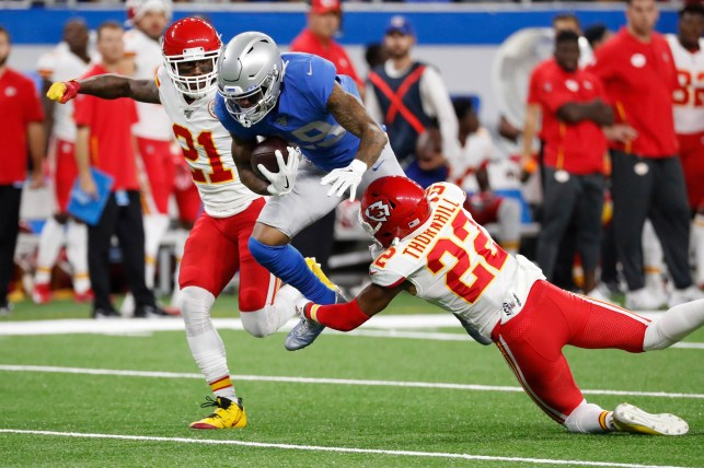 Chiefs hang onto perfect record thaks to last-minute comeback vs. Lions