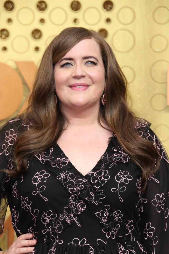 Aidy Bryant can't help but break after 'Saturday Night Live' sketch hiccup during premiere