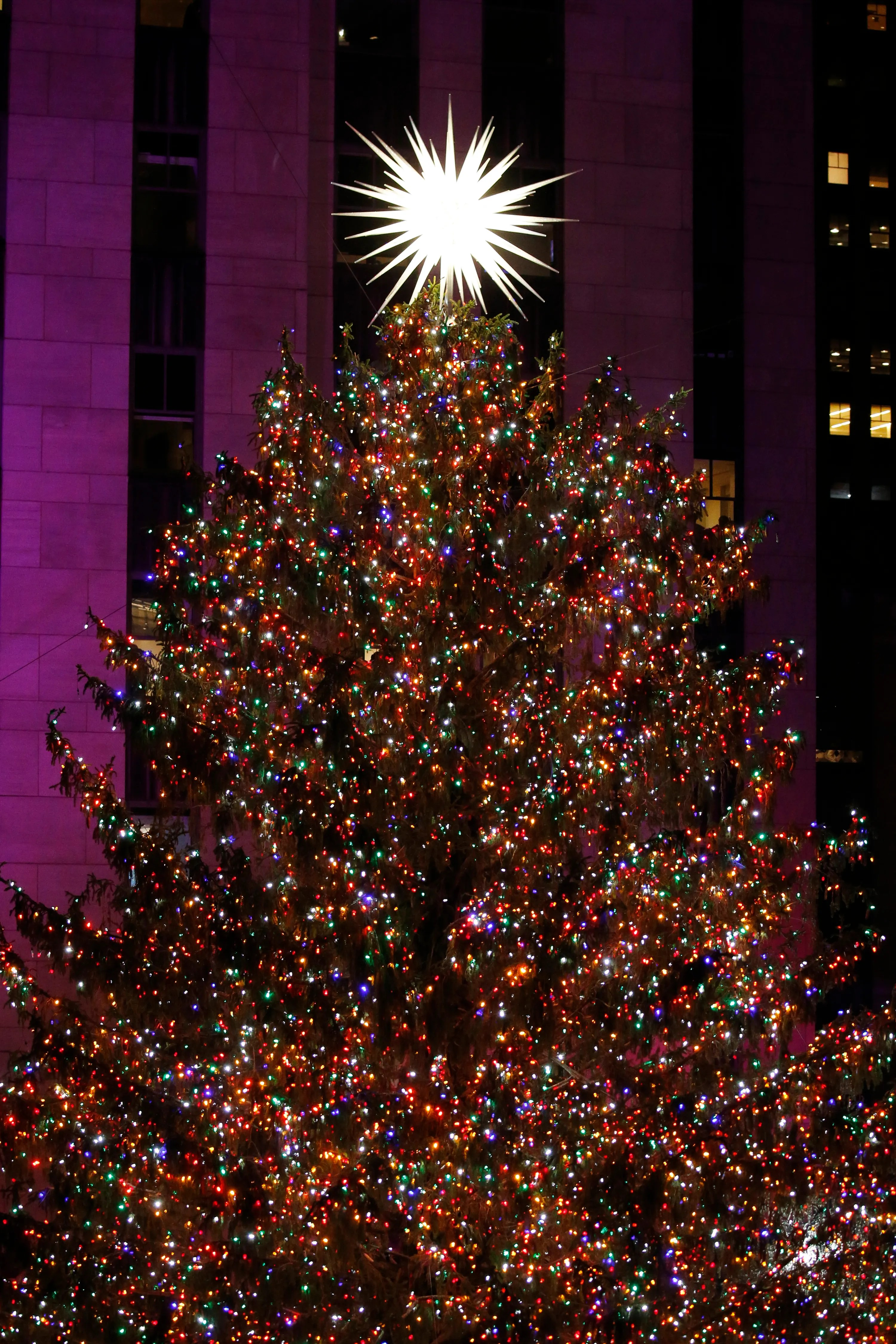 Nyc Christmas Guide Four Holiday Things You Have To Do In New York
