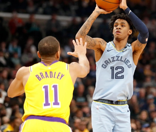 Grizzlies Ja Morant Attempts Dunk Over Anthony Davis In Win Vs Lakers