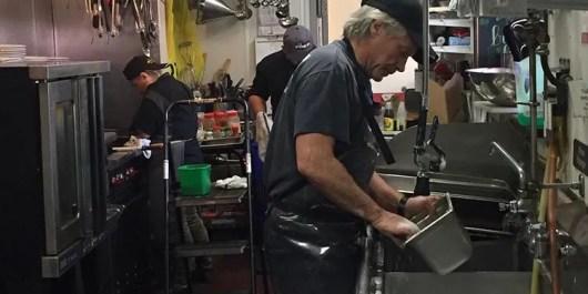 Coronavirus in NJ: Jon Bon Jovi washes dishes at Soul Kitchen in ...
