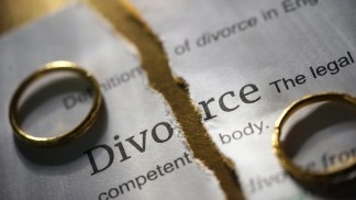 More Couples, Especially Newlyweds, Seeking Divorce Amid Pandemic