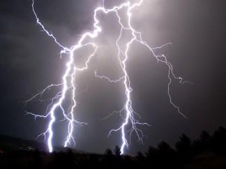 Lightning Flash 440 Miles Long in Brazil Sets World Record