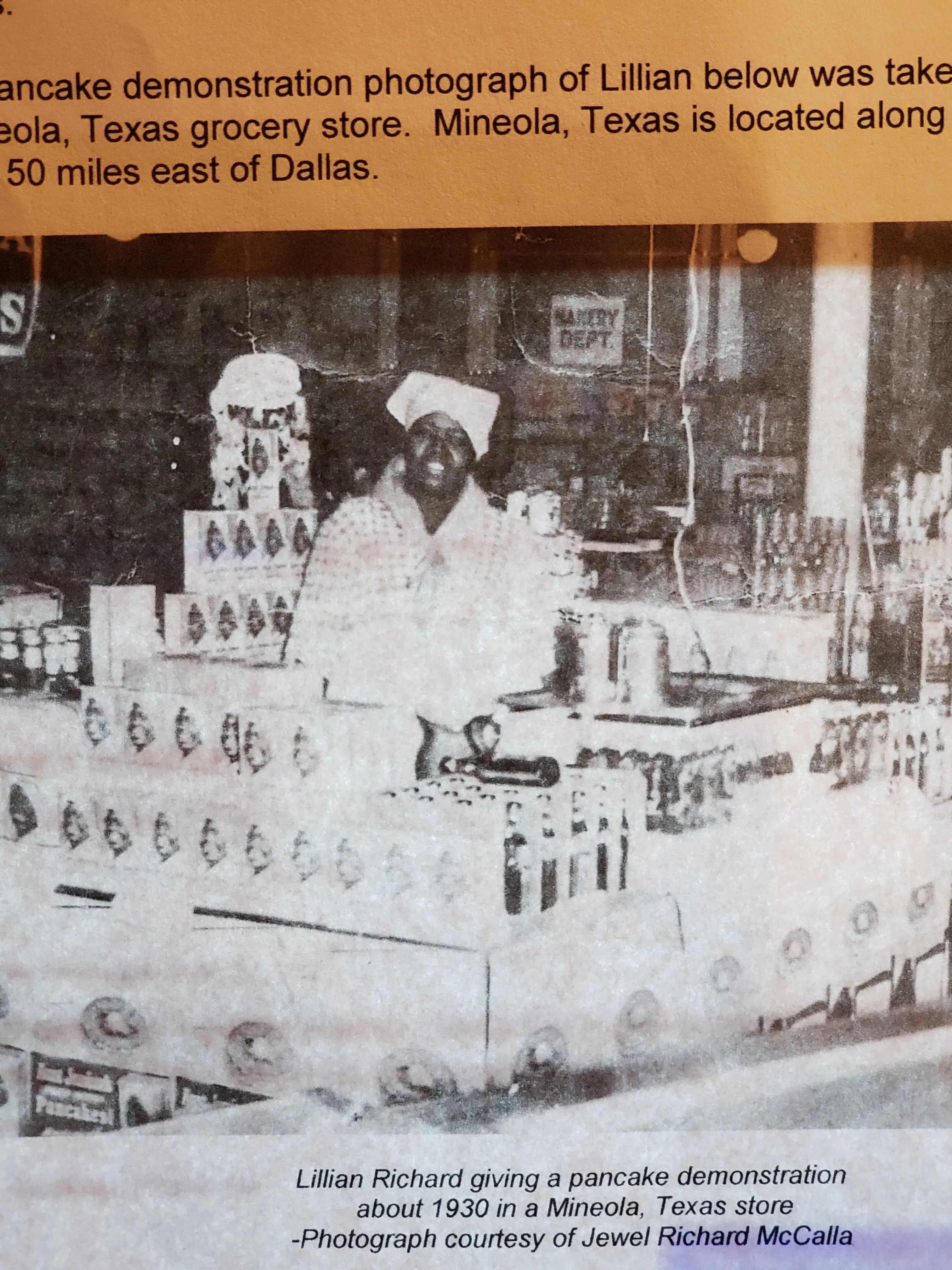 Lillian Richard portrayed Aunt Jemima in cooking demonstrations at fairs, stores and other public events.