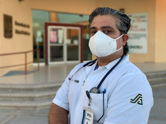 Ivan Munguía Felix, a doctor in Puerto Peñasco, recovered from COVID-19 and has been tracking cases throughout the city.