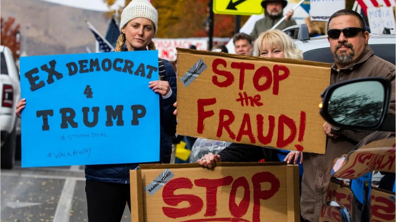 4b973c11 55d4 479b 87aa 813bb0b6566d VPC TRUMP BIDEN WIN desk In scathing ruling, judge dismisses Trump campaign's effort to overturn election results in Pennsylvania