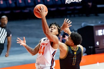 Peoria's Adam Miller shines in debut as No. 8 Illinois men's basketball  beats North Carolina A&T 122-60