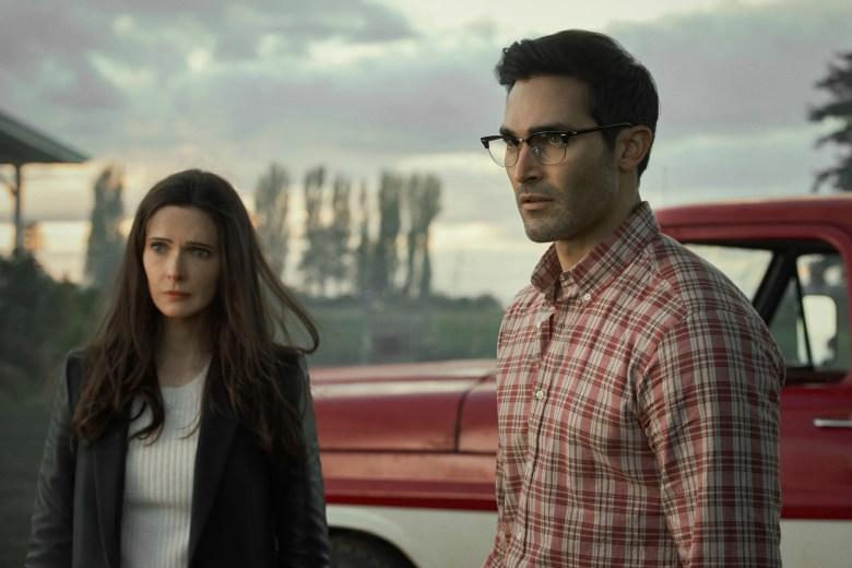 Tyler Hoechlin and Elizabeth Tulloch star in 'Superman & Lois' on CW