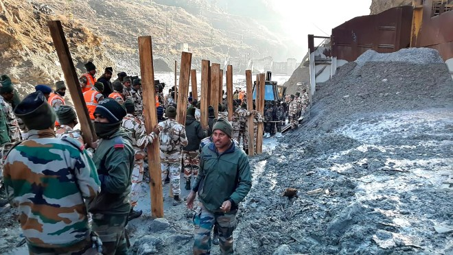 a5eafd87 ae80 42ca 9823 dca997e52403 1099 How does a glacier burst? Flooding in India leaves 26 dead and 165 missing.