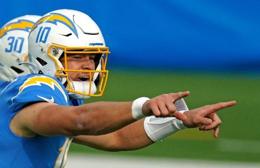Chargers' Justin Herbert, a 4.0 student, will use offseason to study