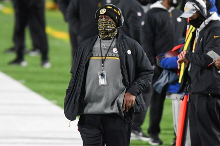 Steelers Coach Mike Tomlin Says Hiring Black Head Coaches in NFL 'is a Critical Issue for Us'