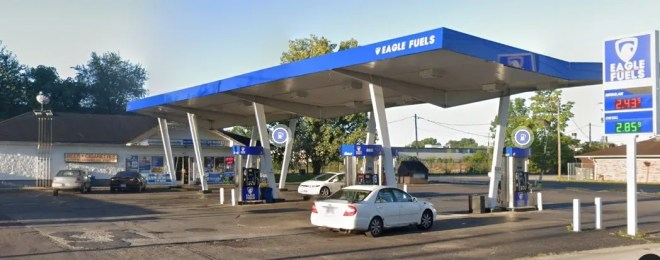 Man fatally shot outside an East Side gas station that also was scene of Feb. 4 homicide (image)