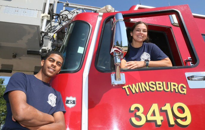 Twinsburg fire department welcomes its first two cadets Two THS 2021 grads training to become firefighter/paramedics