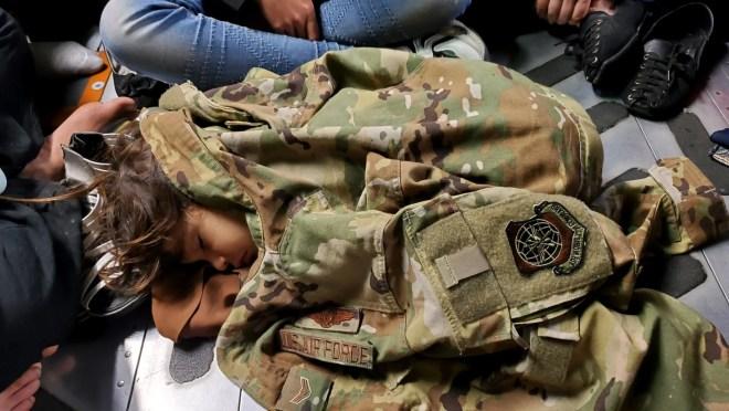64c88e85 4f91 4932 8ef2 c348fe13e807 6788250 Pence aide blames Stephen Miller for 'devastating' visa system for Afghans