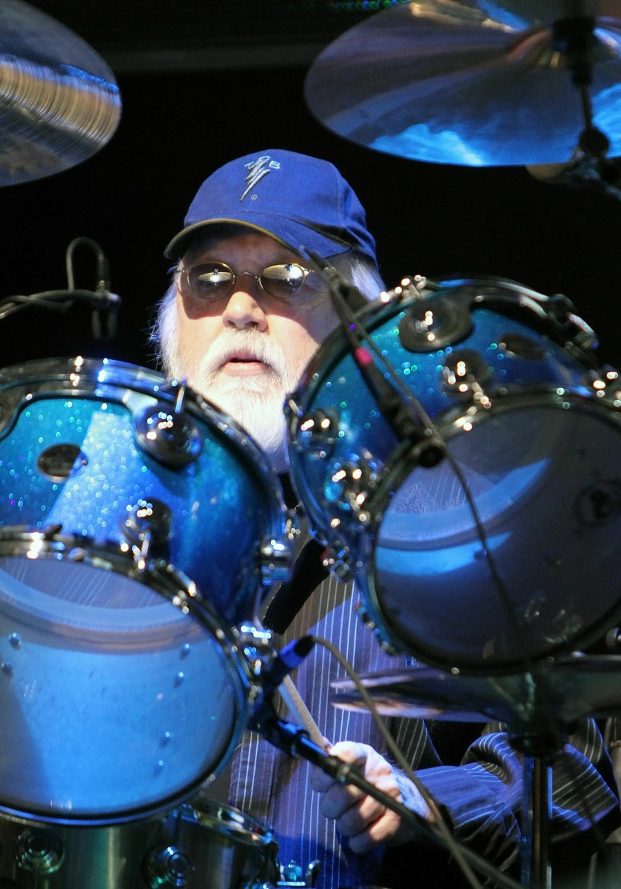 Drummer Ronnie Tutt, who played in Elvis Presley's TCB Band, has died at 83.