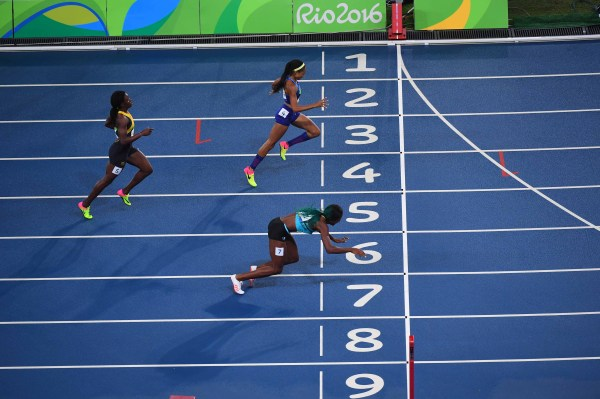 Frame-by-frame look at Shaunae Miller's dive that won the ...