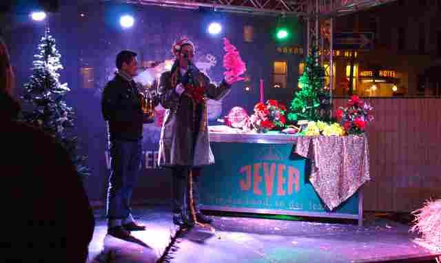 WINTER PRIDE der rosa rote Weihnachtsmarkt in Hamburg St. Georg Foto: Veranstalter