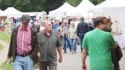 Marktleben auf dem Kunsthandwerker Markt