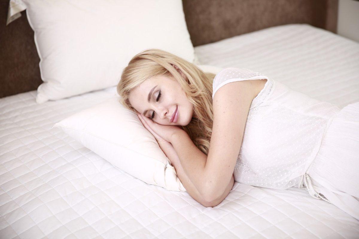 Hilfe bei Schlaflosigkeit mit Yoga